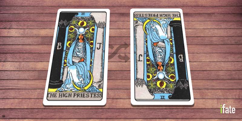 upright vs reversed tarot card