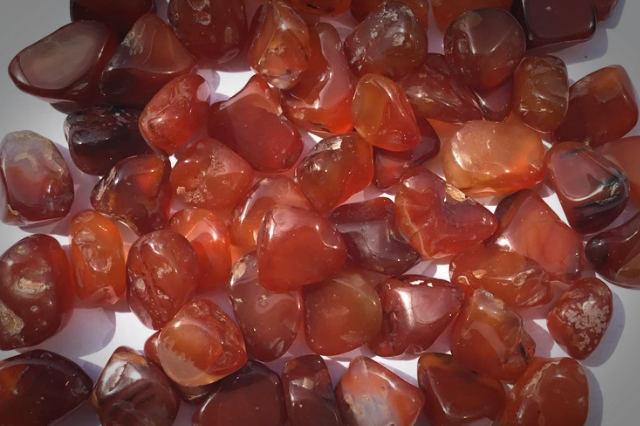 carnelian healing crystals